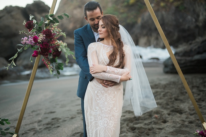 Romantic Coastal Wedding Ideas Featured on Every Last Detail16